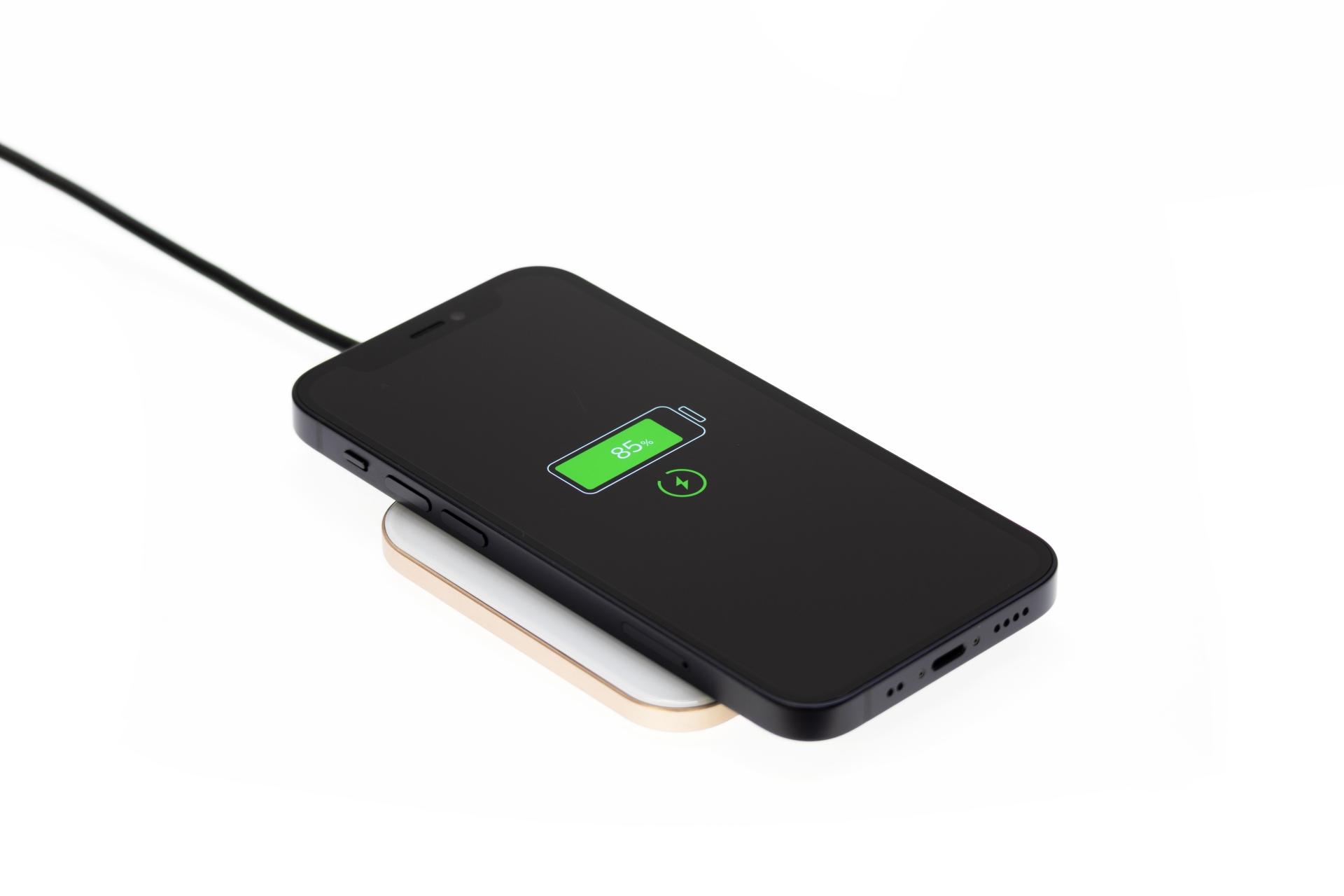 スマートフォンワイヤレス充電のススメ